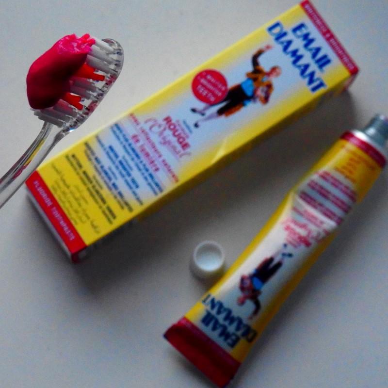 Pasta wybielająca do zębów – najlepsza na świecie! Wielki test!