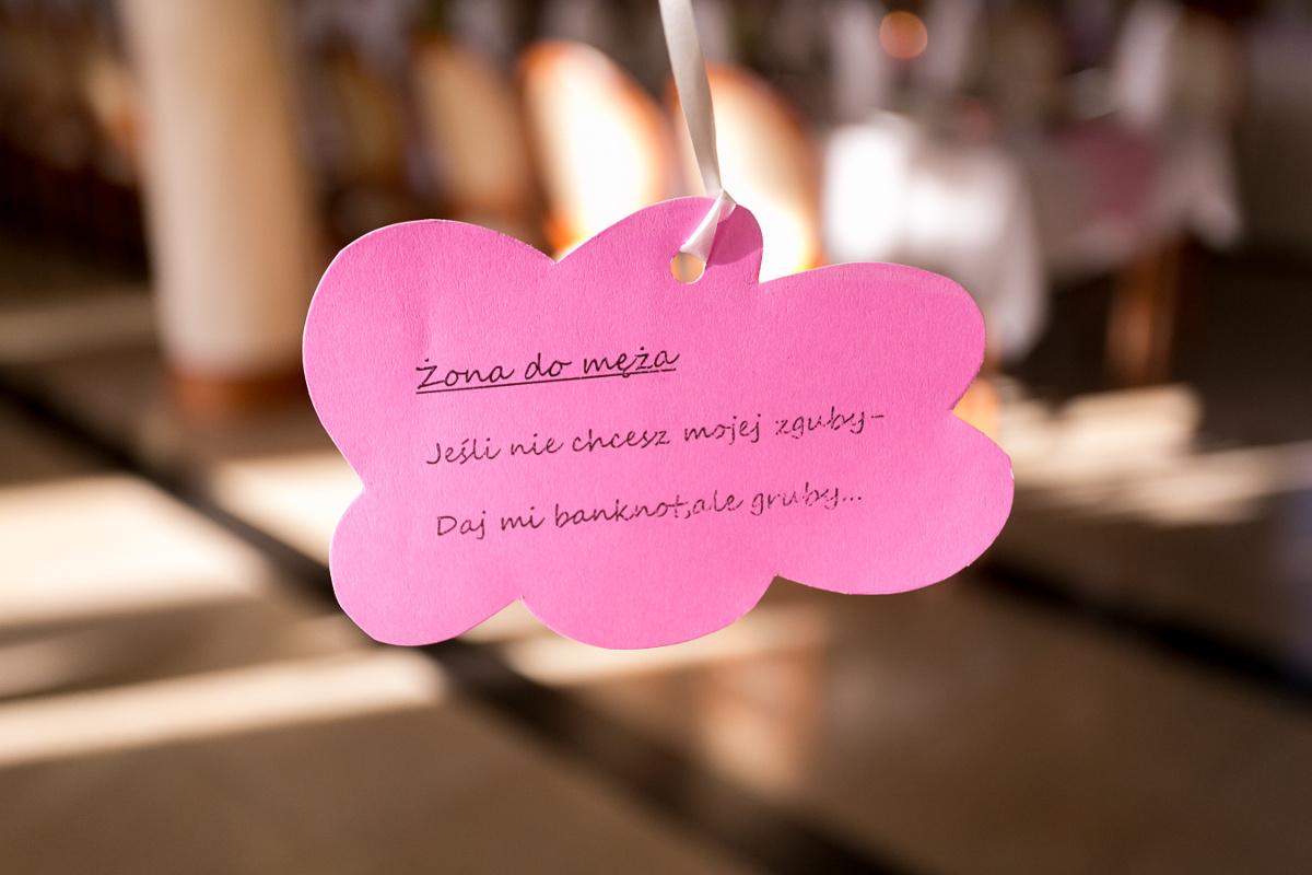Jak udekorować salę weselną samemu?