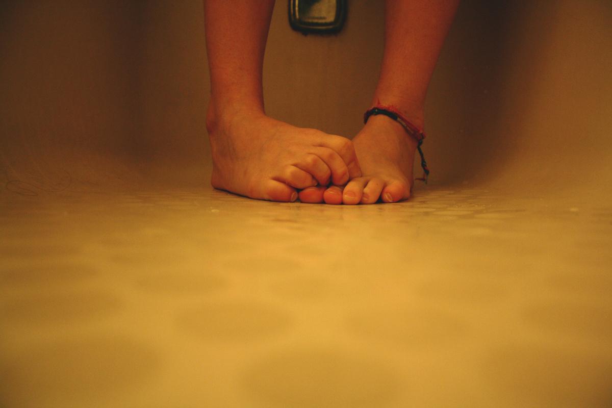 83178299 Śmierdzące stopy - niezawodne sposoby na zapach stóp Shreka!