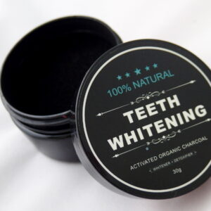 Węgiel wybielający zęby