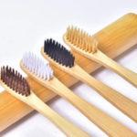 Bambusowa szczoteczka do zębów – [100 % opinie i gdzie kupić]