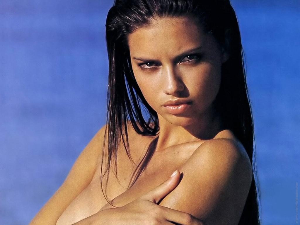 Adriana Lima bez makijażu