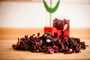 Herbata z hibiskusa właściwości lecznicze