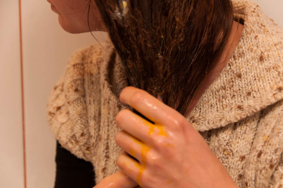 maseczka z jajka i oliwy na porost włosów