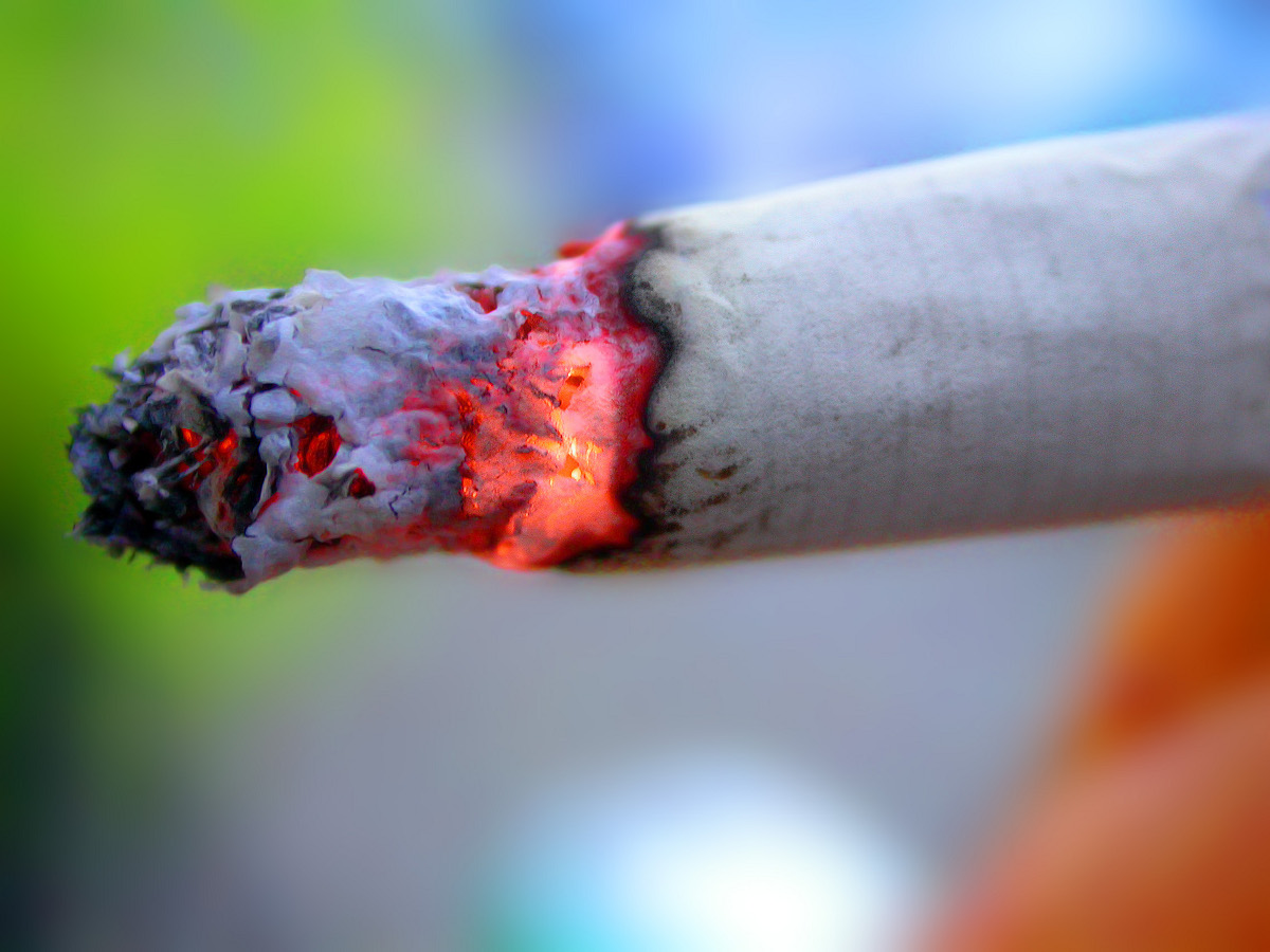 Palenie papierosów skóra