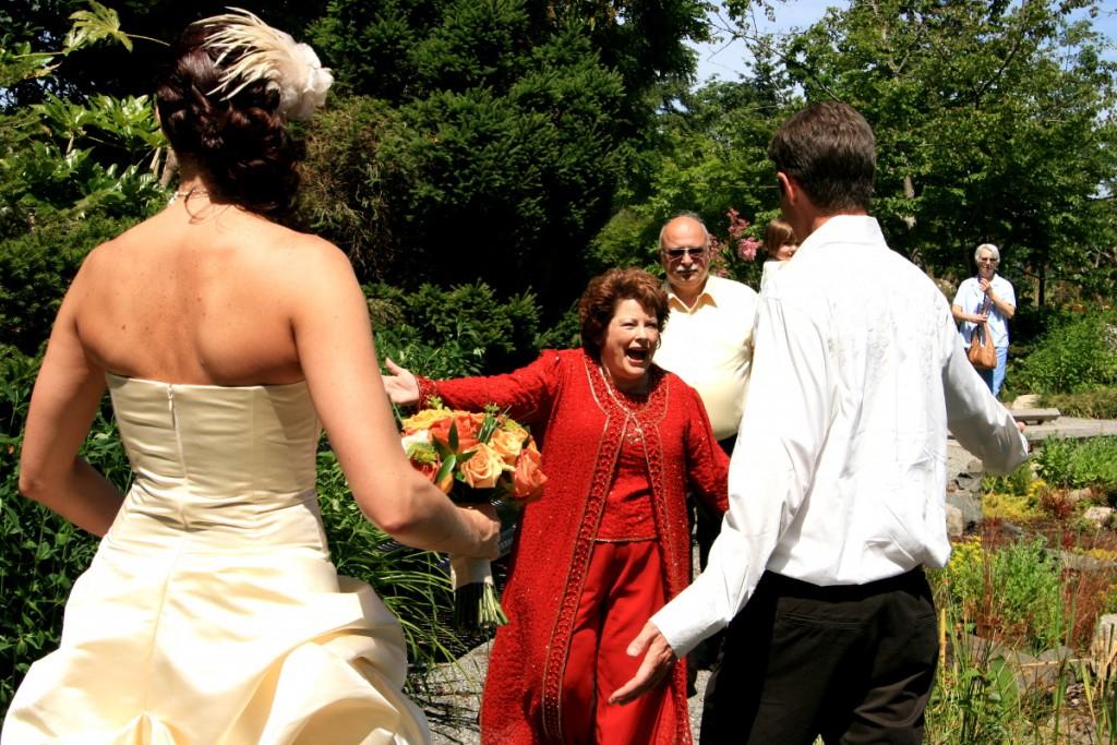 Teściowie wtrącają się do wesela