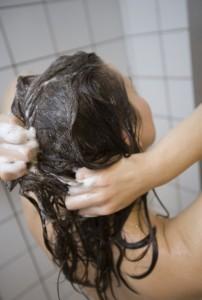 Włosy przetłuszczające się szampon