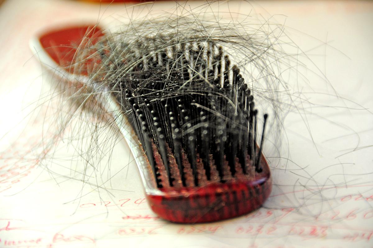 co zrobić z wypadaniem włosów